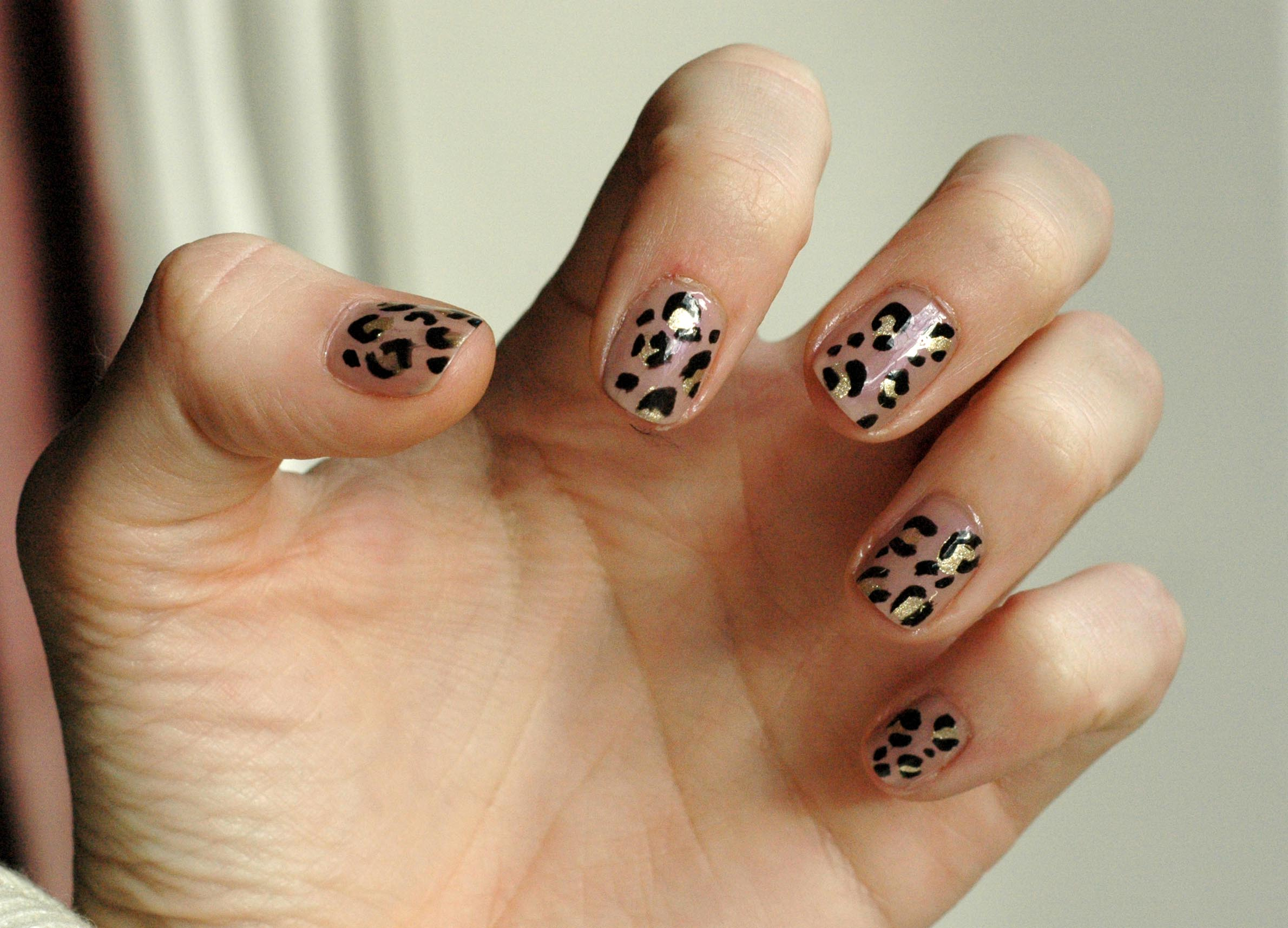 Nail Art Leopard Skin Style Influence