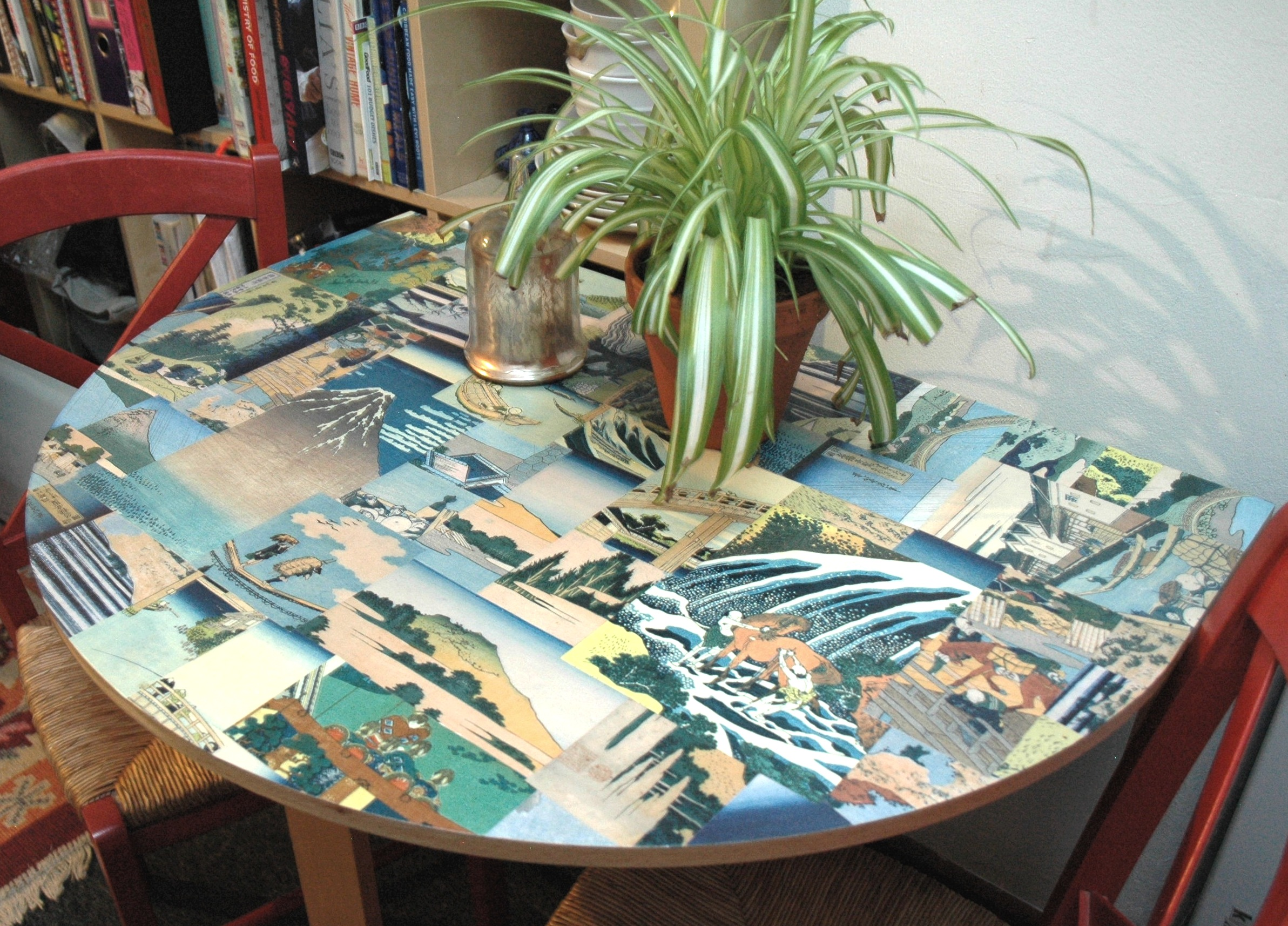 DIY Decoupage Table